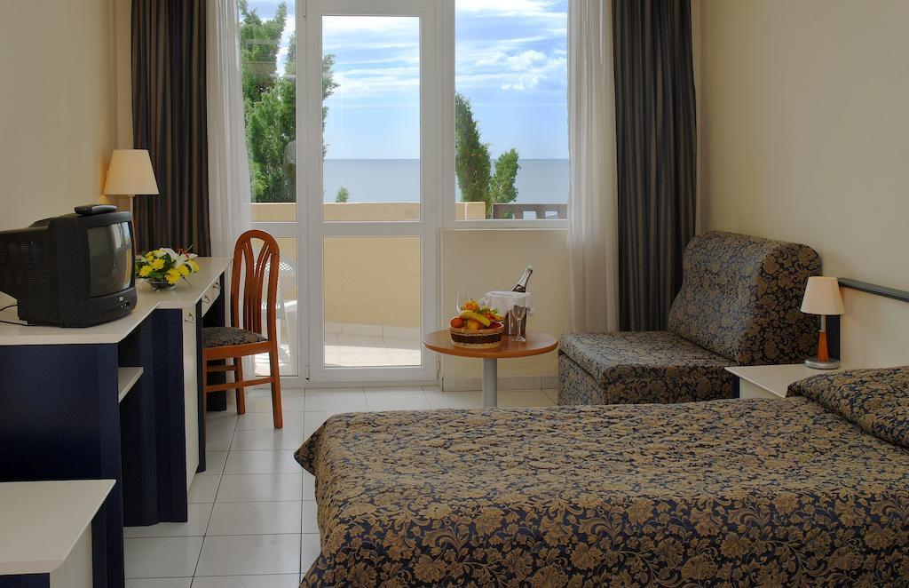 Hotel Dolphin Constantin Si Elena