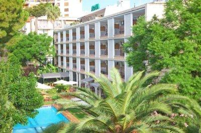 Hotel Araxa Palma City