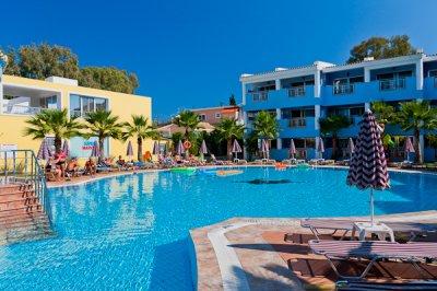 Hotel Caretta Beach Resort & Water Park Kalamaki