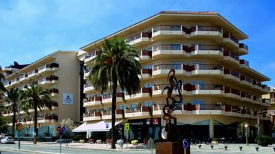 Aqua Hotel Promenade Pinada De Mar