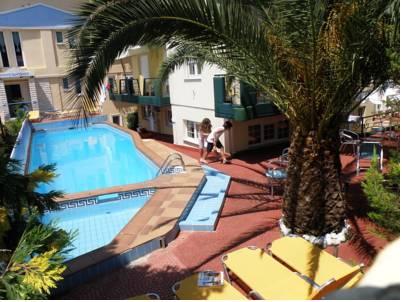 Hotel Posidonio Studios Pefki
